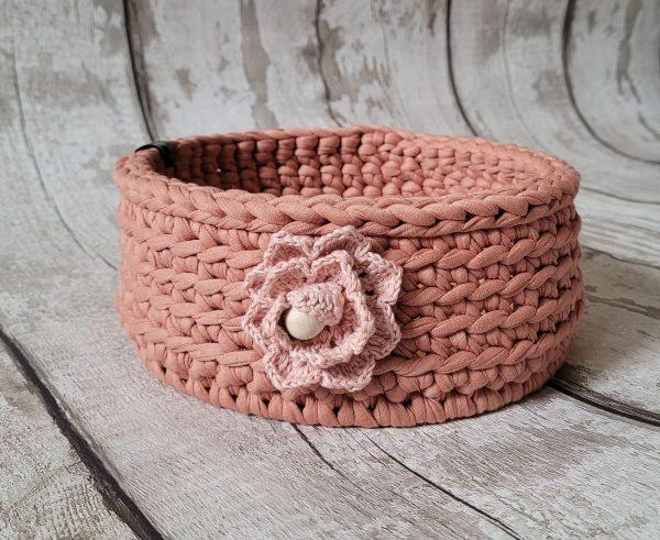 Sturdy Crochet Baskets with Wooden Base - Clipboard03