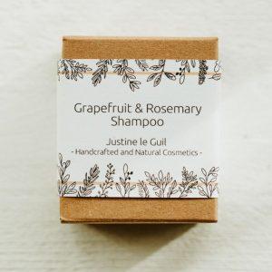 Shampoo bar for damaged hair