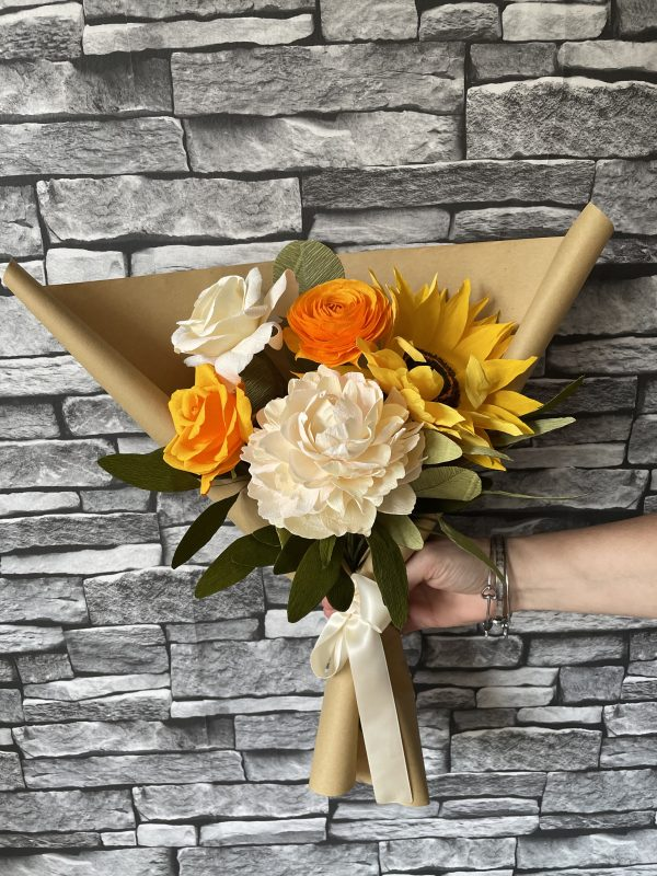 Crepe paper flower bouquet with sunflower - IMG 1231