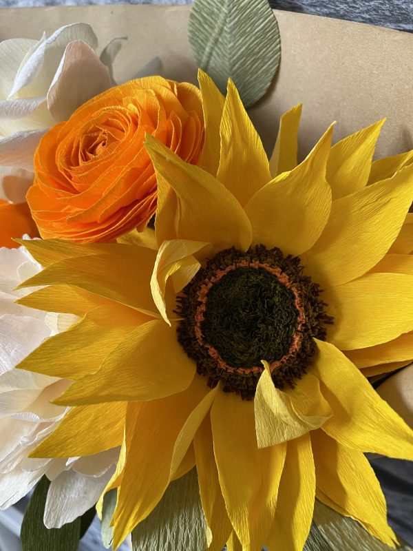 Crepe paper flower bouquet with sunflower - IMG 1236