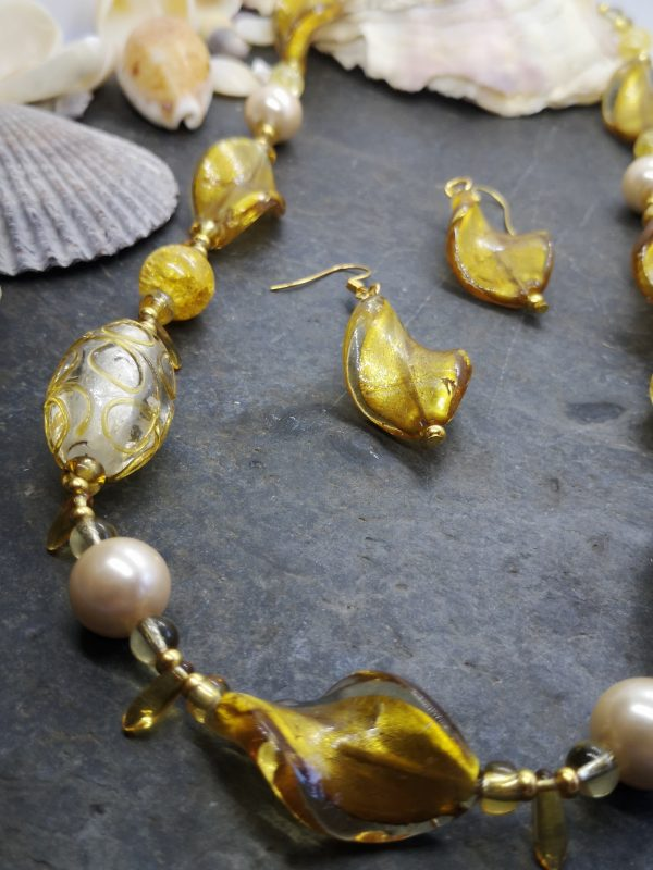 Bold & Beautiful Collection - Golden Necklace and Earrings - IMG 20210406 121824