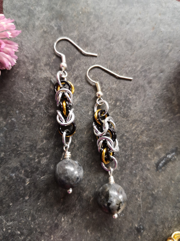 Byzantine Chainmaille Earrings - IMG 20210517 114301 scaled