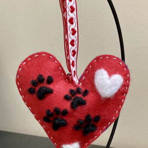 Paws to Love! Needlefelted Hanging Decoration