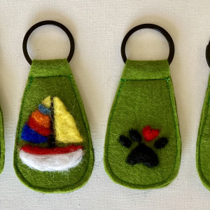 One-of-a-Kind Keyring Collection Green