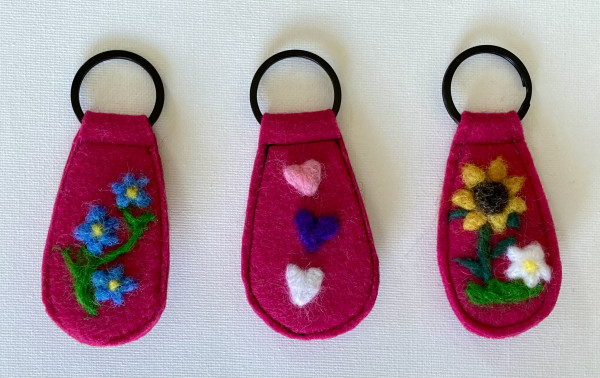 One-of-a-Kind Keyring Collection, Fuchsia - IMG 5204