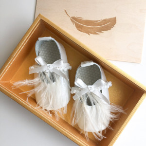 Special Occasion Shoes with Feathers