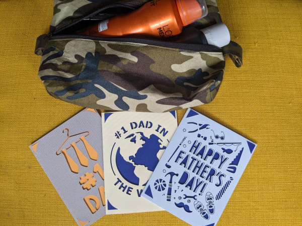 Camouflage Men's Toiletry Bag with Card