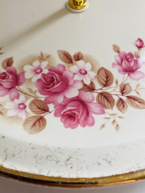 Cake Stand - 3 Tier Pink Rose Irish Carrigaline Pottery - 10DE05E4 3C67 466F A50B 54DDE7409014 scaled