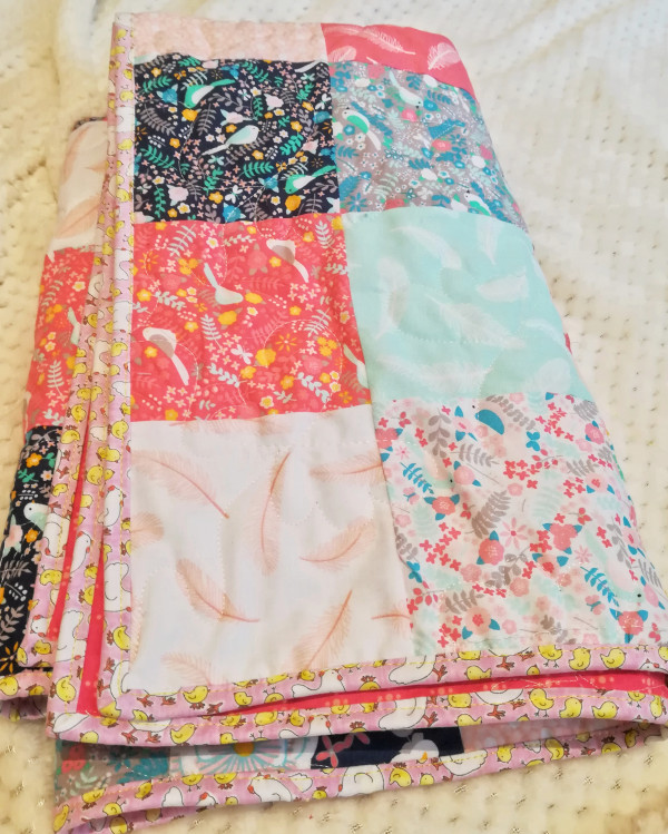 Modern Florals with Chicckie Binding Baby Quilt - IMG 20190517 161621 01 scaled