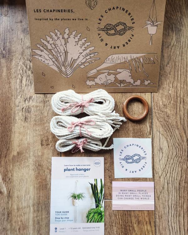 Petite Fleur DIY Macramé Kit Simple - Plant Hanger