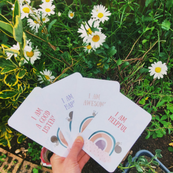 Daily Affirmation Cards for Girls 5-9years, 20 encouragement cards - InShot 20210617 100859098