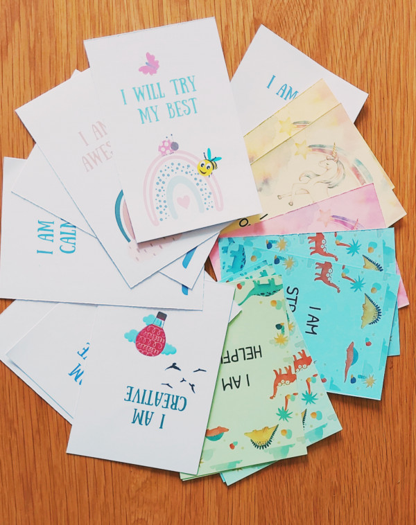 Daily Affirmation Cards for Girls 5-9years, 20 encouragement cards - InShot 20210624 142330327