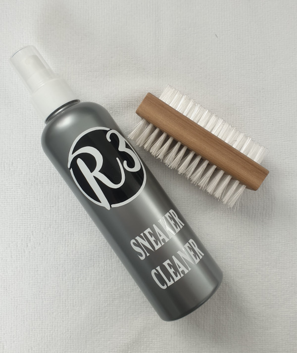 R3VEL Sneaker Cleaning Kit