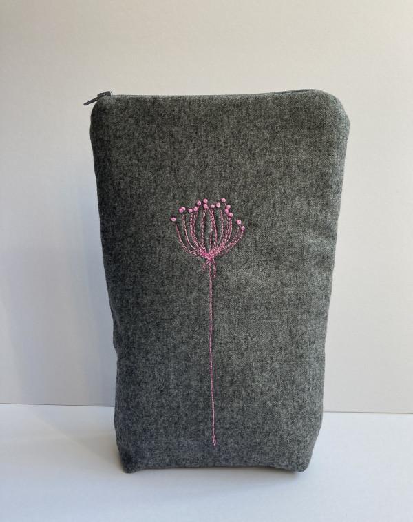 Grey Wool Zipped Pouch (Pink) - DEA67772 89E8 4E73 9E18 3BE39C2B5F69 1 201 a scaled