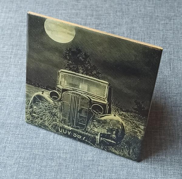 A Wreck of a Vintage Car 3 Engraved on Ceramic Tile - IMG 20210729 1432492