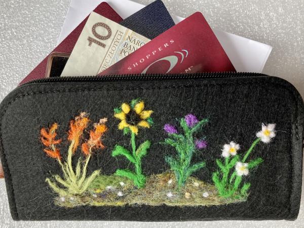 Irish Wildflowers Needlefelted Wallet/Purse - IMG 5744 scaled