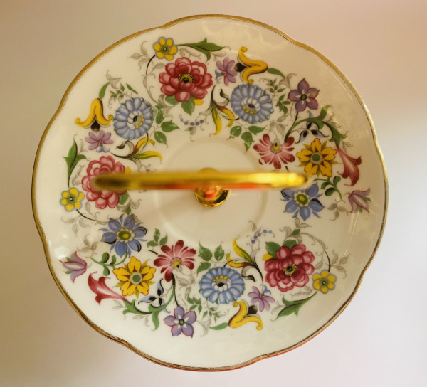 Cake Stand - 3 Tier Colourful Floral Fine Bone China - 148F00D4 9D6A 4D3F 89F9 EFE0FCED20AA scaled