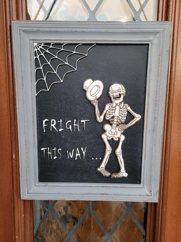 Halloween Door Sign - 20210910 194215 scaled