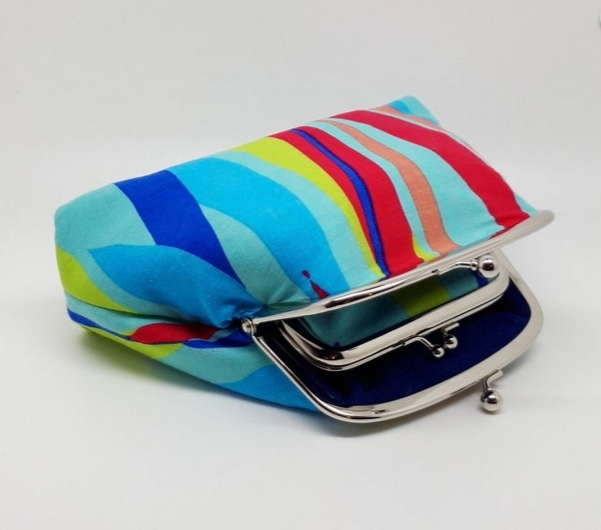 Bright Stripe Clutch Bag - 20210919 164958