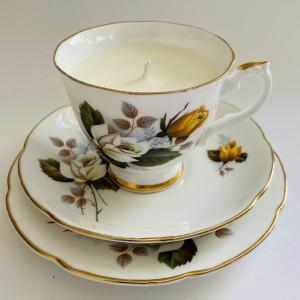 Teacup Candle - Rose Royal Grafton Fine Bone China
