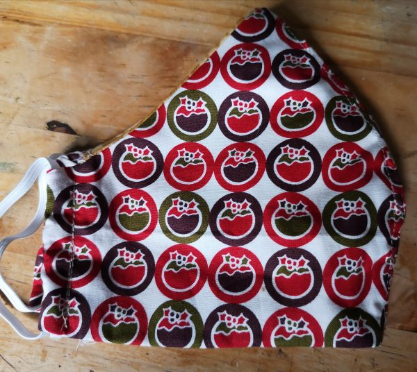 Christmas Pudding Face Mask (Red & Black)