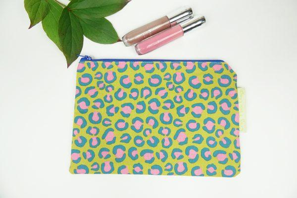 Green Night Jungle Makeup Bag - RX302168 scaled