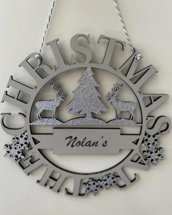 Family Name Christmas Wreath - Screenshot 2021 09 14 at 11.57.51