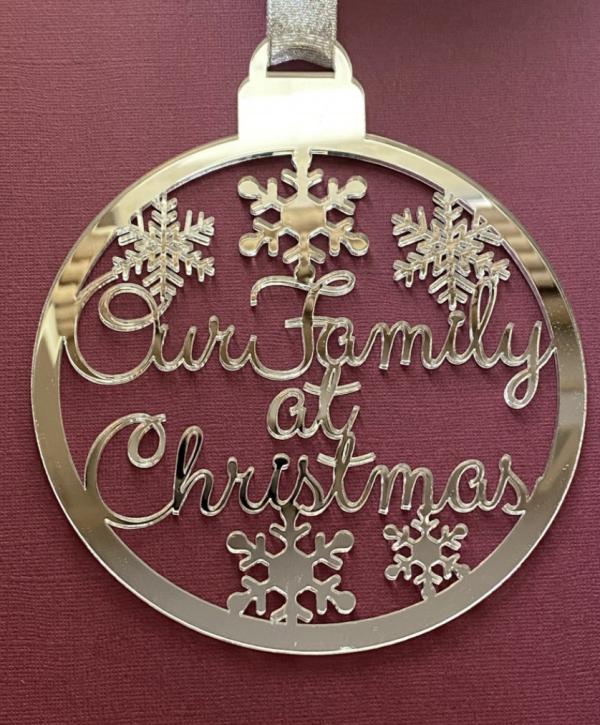 Family Name Christmas Bauble - Screenshot 2021 09 15 at 21.42.04
