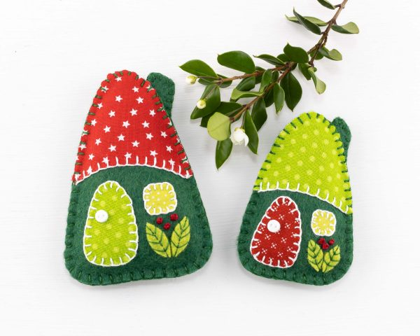 Little House Felt Ornaments Set (Red & Green) - 10th August 1633 scaled