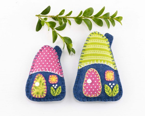 Little House Felt Ornaments Set (Blue Pink & Green) - 10th August 1641 scaled