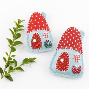 Little House Felt Ornaments Set (Red White & Blue)