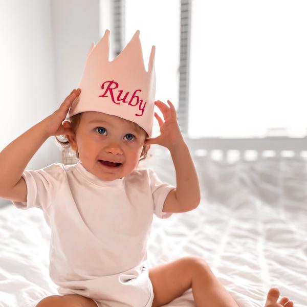 Kids Personalised Crown - Pink - 8 33f21da0 b2bf 4256 b91d