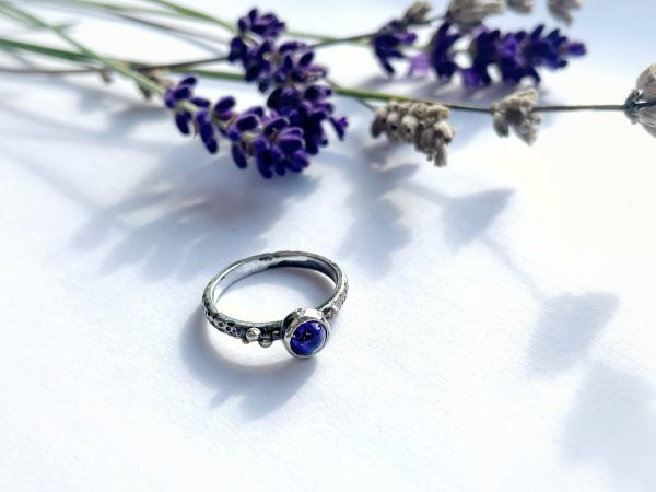 Lavender ring with amethyst