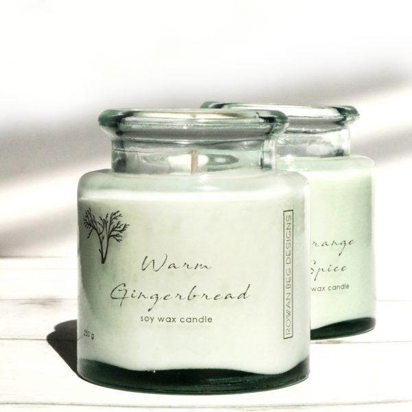 Connemara Christmas Candle Gift Box - Warm Gingerbread 1 square